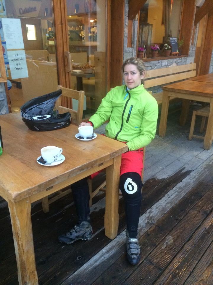 Pre-Megavalanche coffee. Calm before the storm.